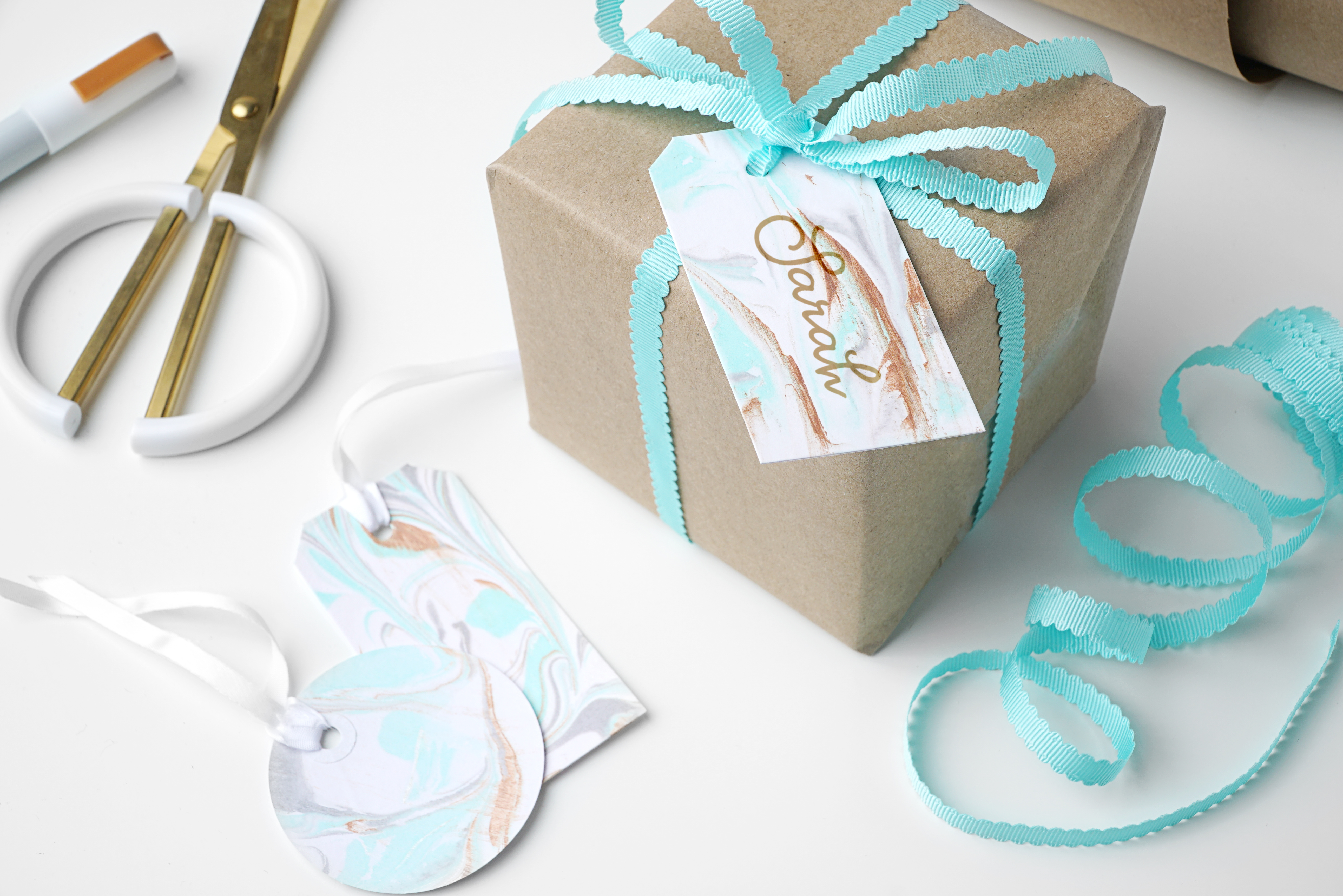 How To Marble Gift Tags
