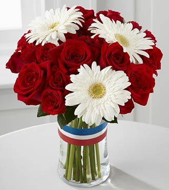 Patriotic Flowers - Stars & Stripes Forever Flower Bouquet - 12 Stems - Vase Included - 4Th Of July Flowers And Fourth Of July Gifts