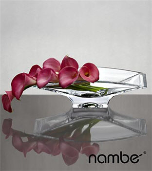 Dream Destinations Calla Lilies Flower Bouquet In NambÉ Crystal Decorative Bowl - 8 Stems