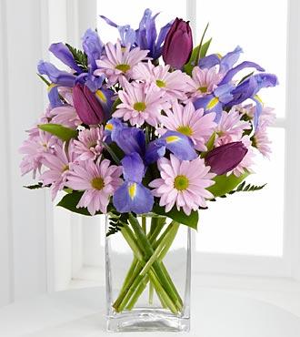The FTD Joyful Dreams Flower Bouquet - Vase Included
